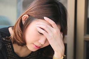 alcoholic-shutter316558523-woman-with-headache